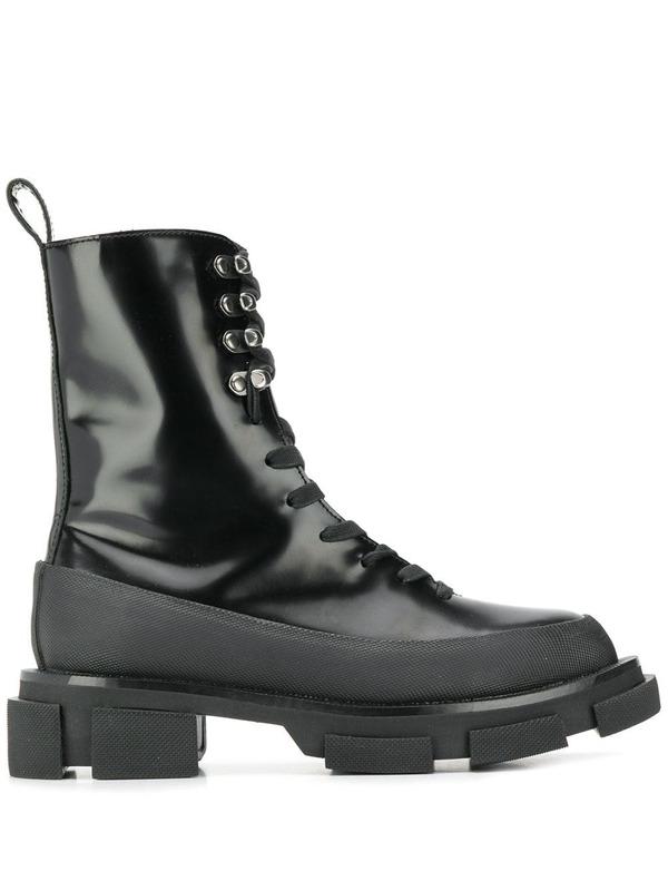 ботинки на тракторной подошве со шнуровкой