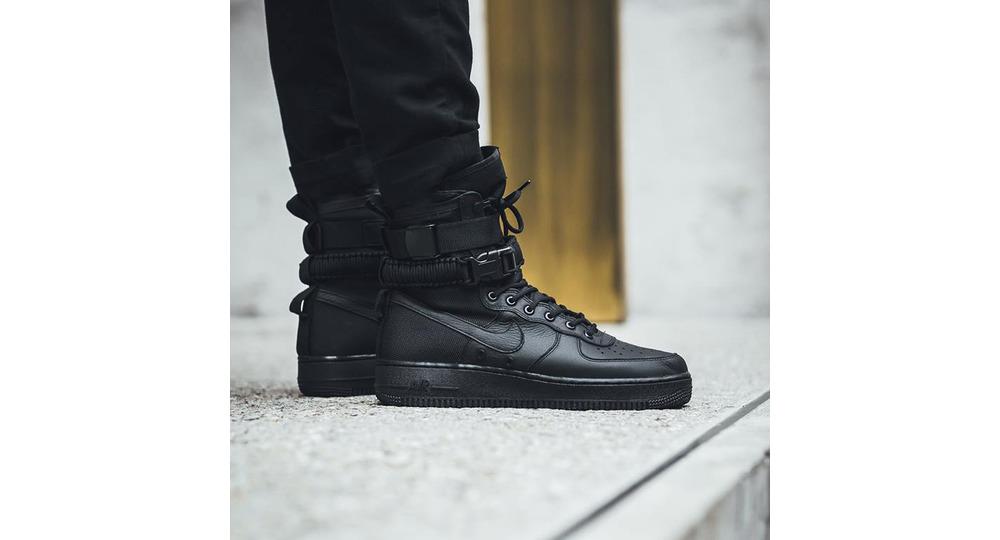 Nike SF-AF1 Triple Black Leather